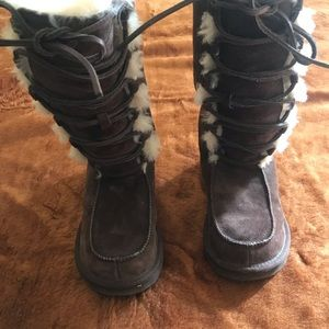 Brown Ugg Lace up Boots